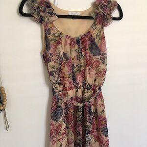 🍁 Delia's Floral dress